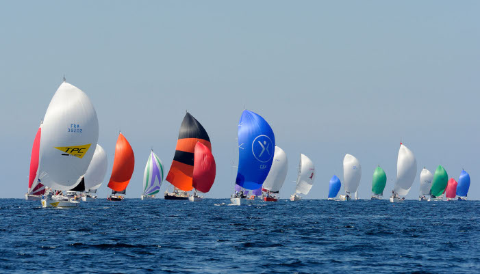 Base course au large de Lorient la Base