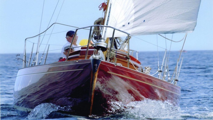 Yacht classique Sara Moraea