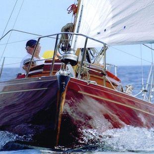 Yacht classique Sara Morea